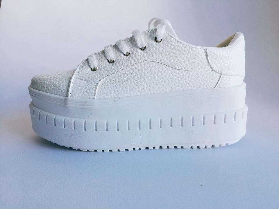 736befe0750 Zapatillas Mujer- Modelo 2018- Livianas Y Muy Hermosas -   1.150