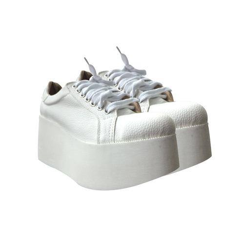 50b8d44d2 zapatillas con plataforma de moda 2016