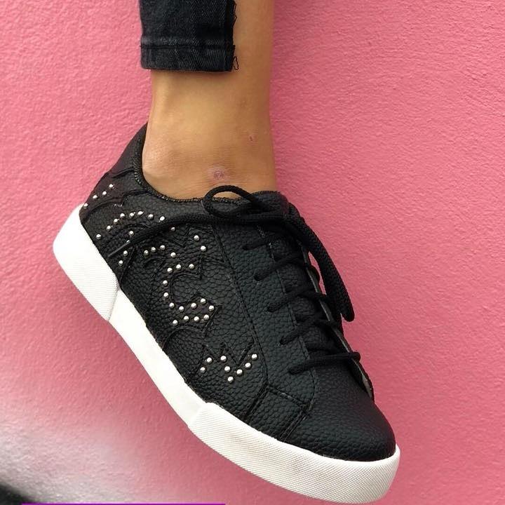 1a2f31d2c08 Zapatillas Mujer Urbana Botas Comodas Negras Ultimo Par - $ 799,00 ...