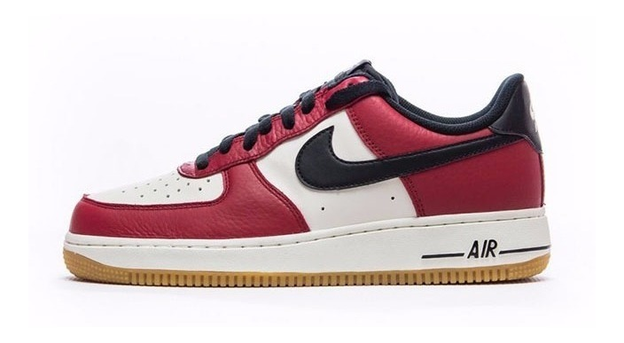 Zapatillas Nike Air Force 1 Low Chicago Rojo Blanco Gum 2017