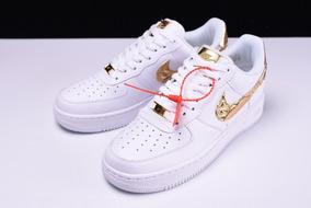 nike air force blancas y doradas