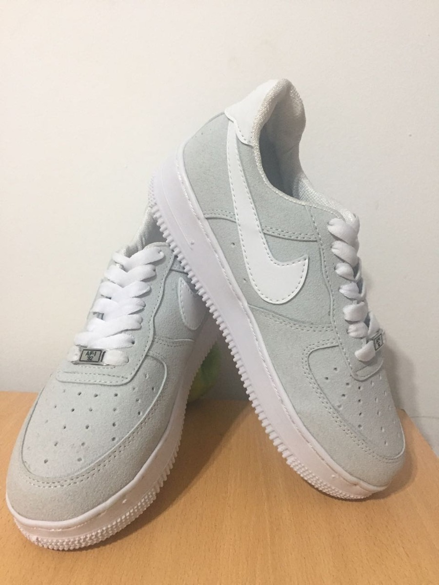 NIKE AIR FORCE gris