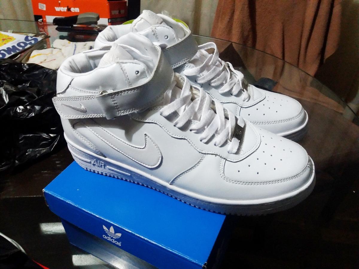 50b7ea8f64 Zapatillas Nike Air Force One Botines Y Low - S/ 150,00 en Mercado Libre