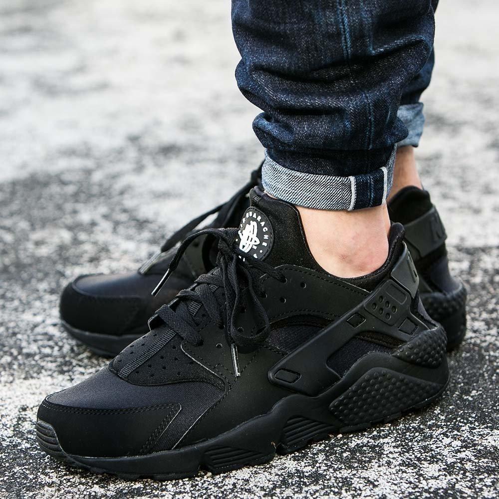 lealtad Seminario plan de ventas  Zapatillas Nike Air Huarache Triple Black Para Hombre Oferta - S ...