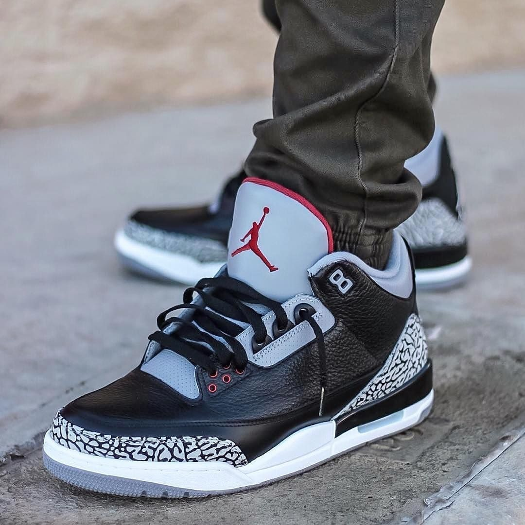 low priced 38224 1e862 Zapatillas Nike Air Jordan Retro 3 Black Cement