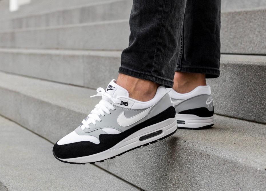 Zapatillas Nike Air Max 1 Wolf Grey Negro Nuevo 2018