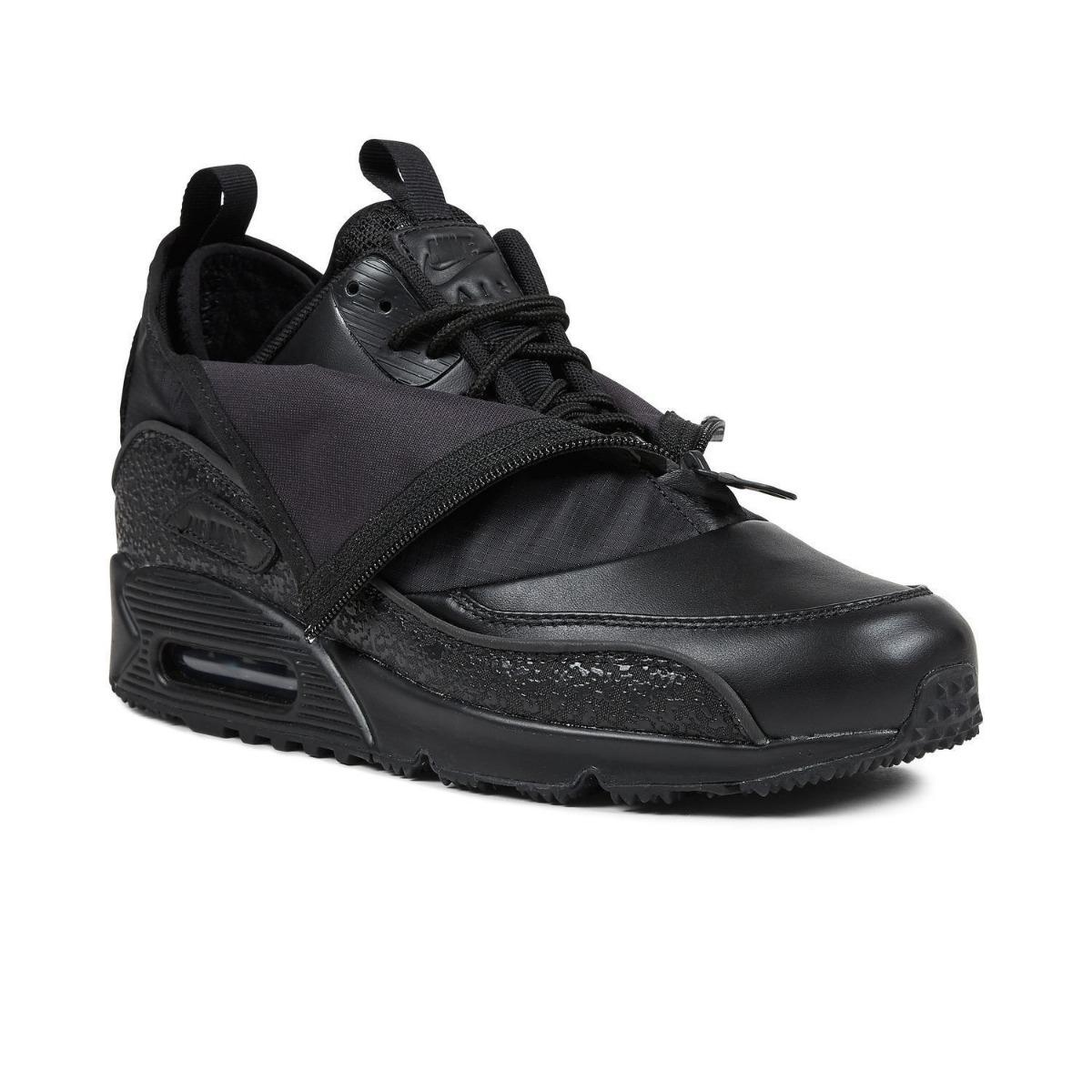 pretty nice af3dd 79b02 Zapatillas Nike Air Max 90 Utility Triple Black.