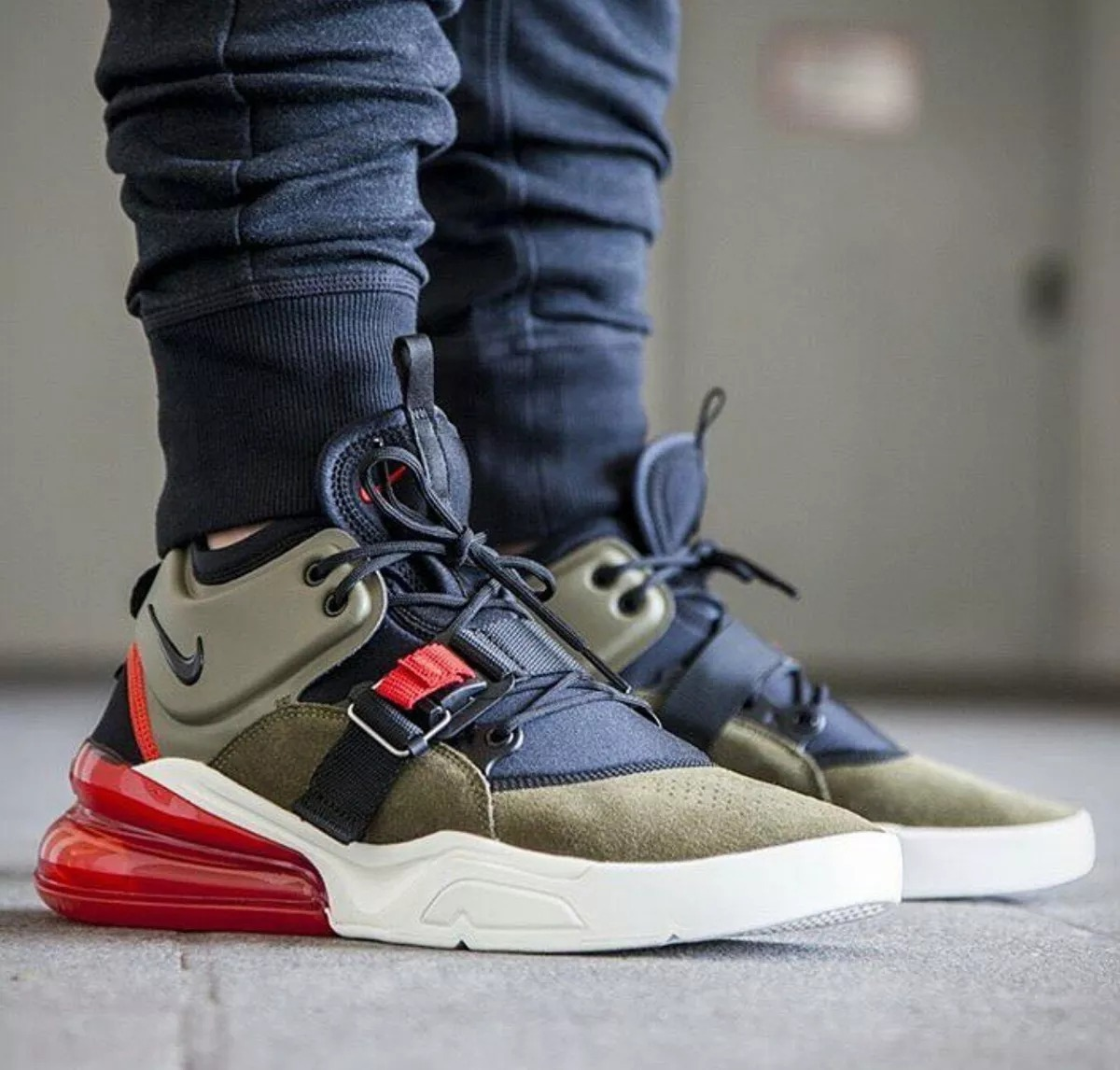29019d8525df5 ... where to buy zapatillas nike air max force 270 medium olive. cargando  zoom. 73994