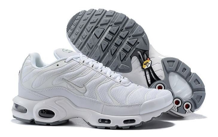 the best attitude d58ee d0add Zapatillas Nike Air Max Plus Tn Triple White 2019