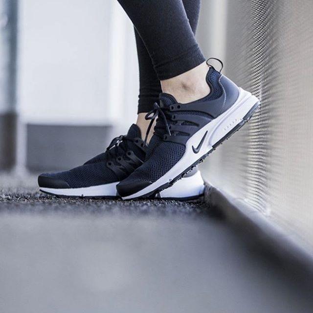 Nike Air Presto Chica