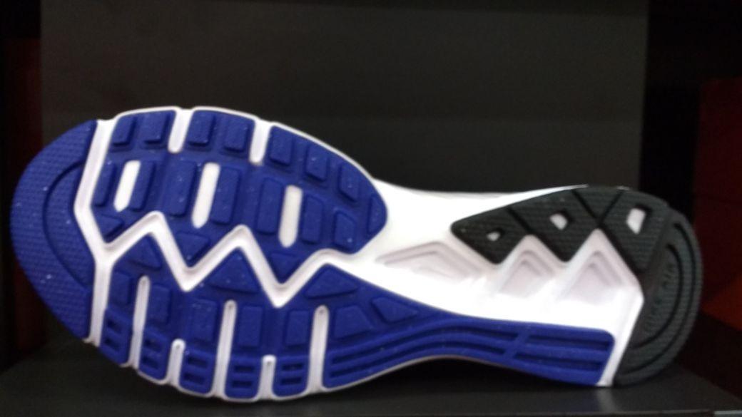 Zapatillas Nike Air Relentless 6 Hombres Running 843836 400