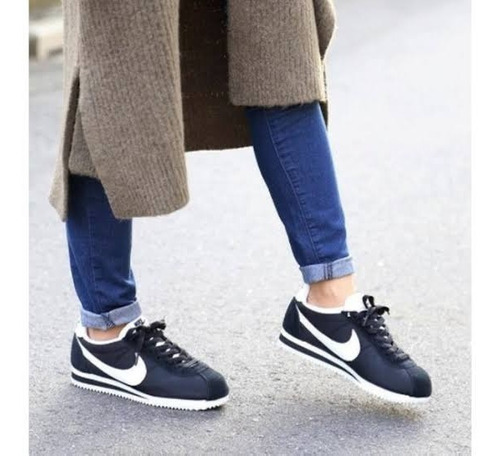zapatillas nike cortez nylon de dama