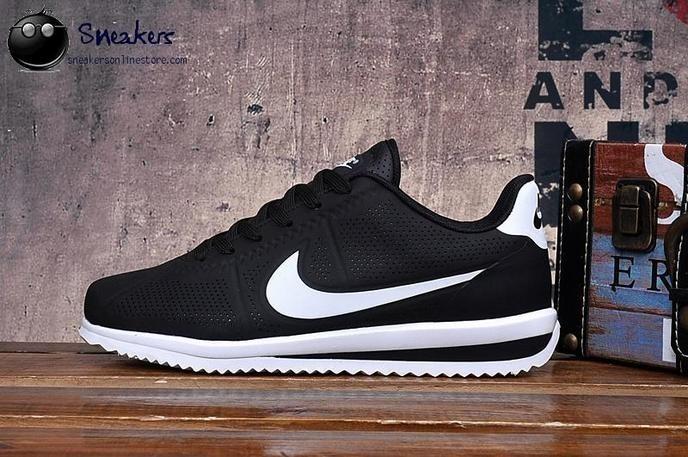 zapatillas nike cortez negras