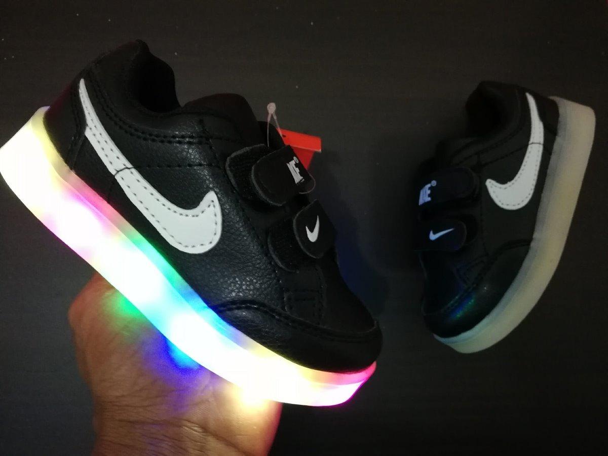 Zapatillas Nike De Luces Para Nino