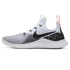 2aac4512664 Vendo Zapatillas Nike Free De Mujer Color Negro Con Fucsia ...