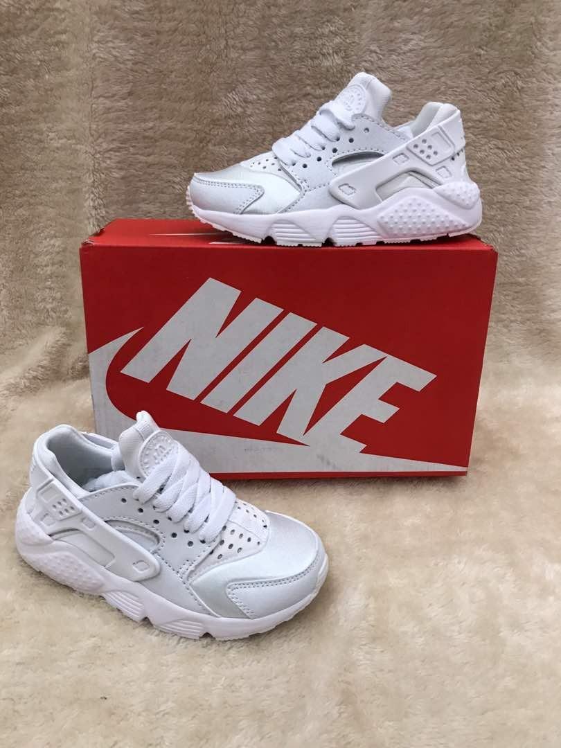 Huarache Nike 470 00 Para 2 Niños Blancas Zapatillas En Mercado 6q5d6