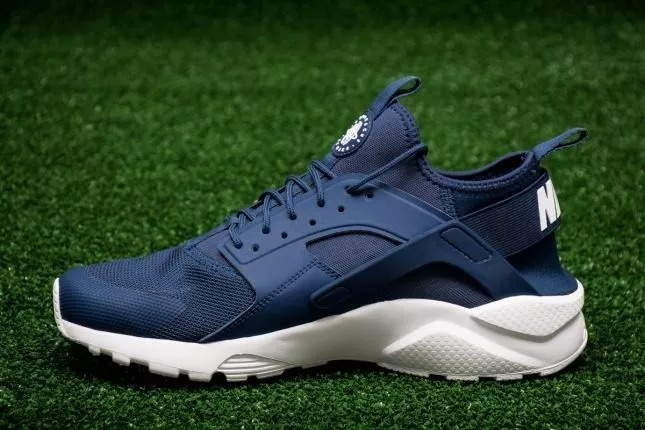 063dd1aaf366a Zapatillas Nike Huarache Run Ultra Nuevas Original En Oferta - S ...