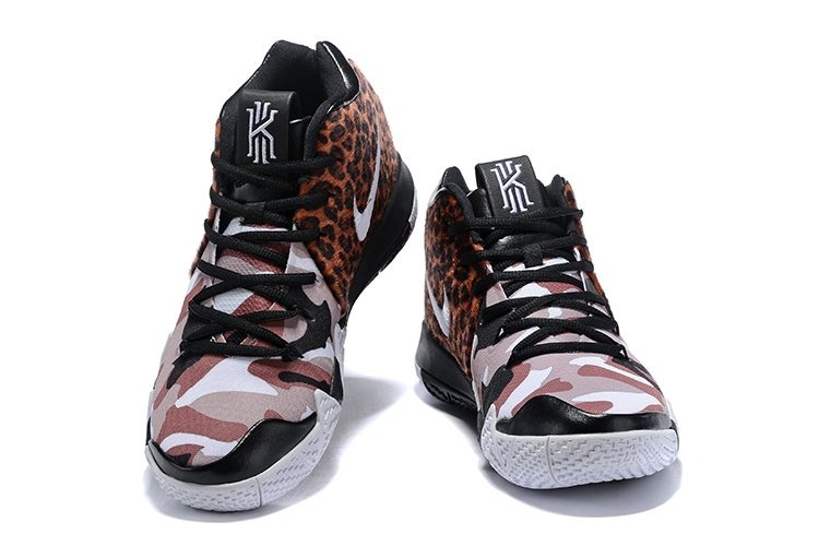 Kyrie Tiger Irving 4 Estampado 40 Nike 46 Zapatillas 8wPZ0kNnXO