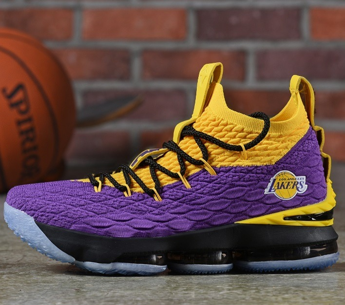 sale retailer b349e fe838 Zapatillas Nike Lebron 15 Lakers