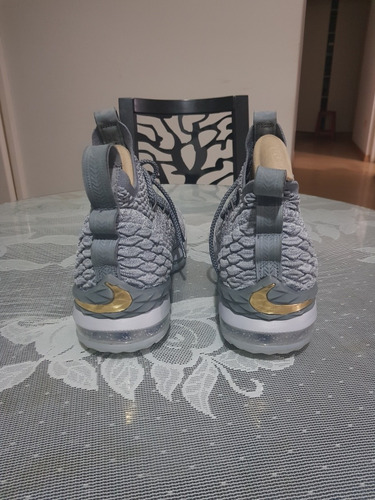 zapatillas nike lebron james xv gold grey