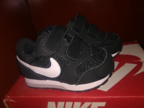 zapatillas nike md runner 2 running para bebé