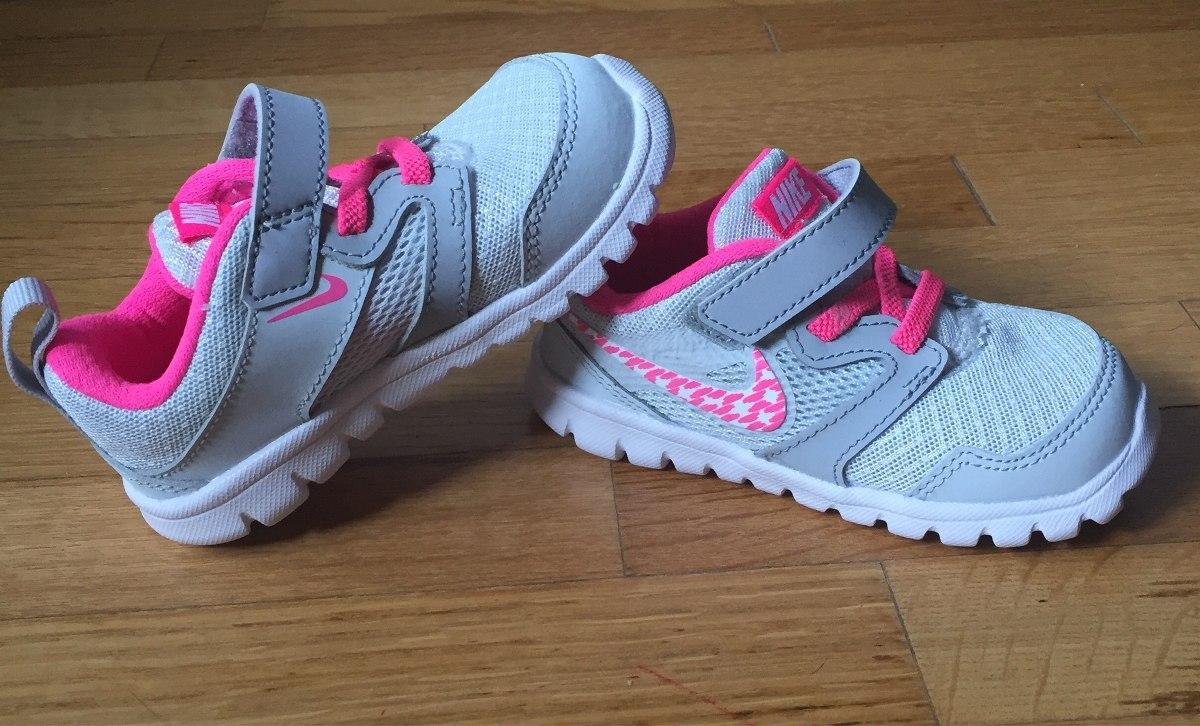 b076a8bea Zapatillas Nike Nenas. Talle 23