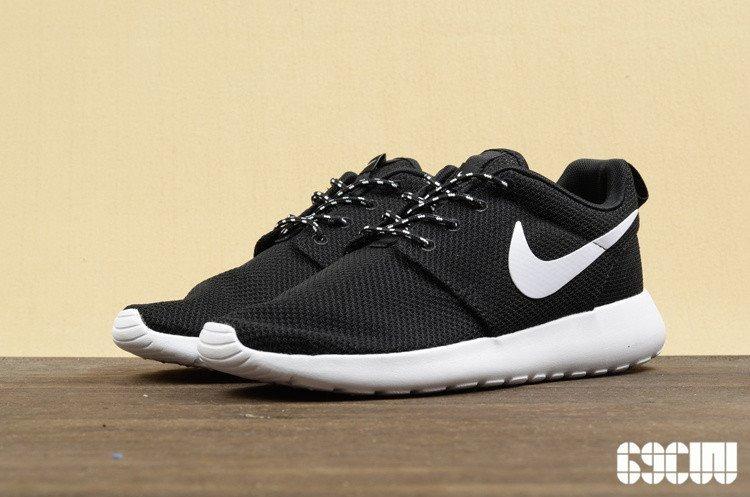 43b7973ddb3844 Zapatillas Nike Roshe Run Negras. Nuevas En Caja. -   2.190