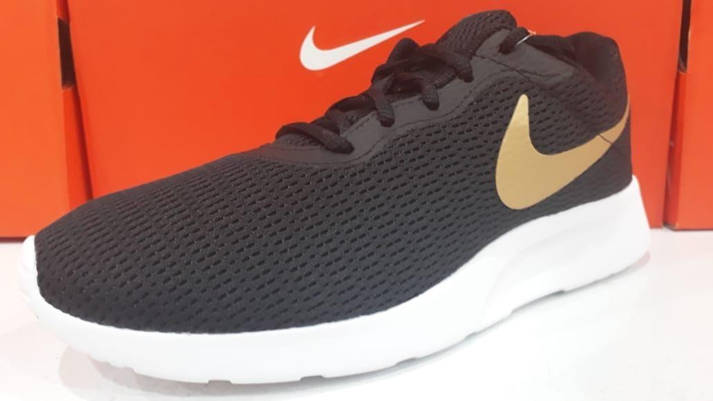 Zapatillas Nike Tanjun Hombres Urbanas Aq7154 001