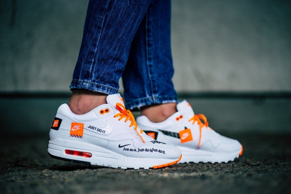 new style 6c403 a579d zapatillas nike wmns air max 1 lux  just do it pack . Cargando zoom.