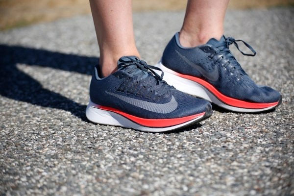 960e63519ac36 Zapatillas Nike Zoom Fly De Mujer Mejores Running -   3.299