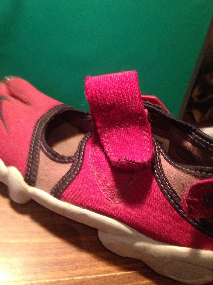 zapatillas nike niñas claras