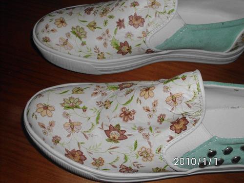zapatillas panchas  flores y tachas  36 permuto 1 uso
