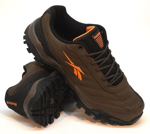zapatillas reebok modelo trekking cross city brown/orange