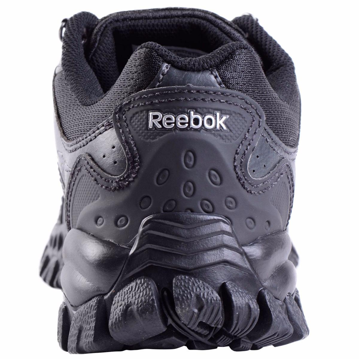 8704135f5 zapatillas reebok outdoor adv kamp laminado negro. Cargando zoom.