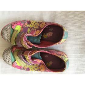 Zapatillas Skechers De Nena Floreadas Y Con Luces
