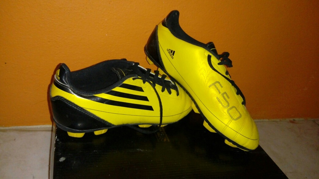 d7488bd4 Zapatillas Soccer F50 - $ 1,000.00 en Mercado Libre