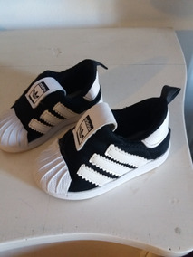 e8f0e7ac0b5 Zapatillas Adidas Superstar Kids Talle 33 - Zapatillas en Mercado ...