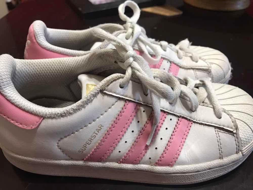c8be539b52d zapatillas superstar de nena adidas originales talle 31/32. Cargando zoom.