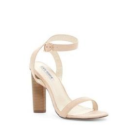 fa1850a66732c Zapatilla Agujeta Zara 26mx Bershkapullandbear - Zapatos en Mercado ...