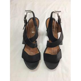 e71d16dce17 Zapatos Prada Usados Mujer - Zapatos