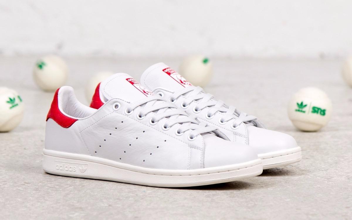 tenis adidas blanco con rojo