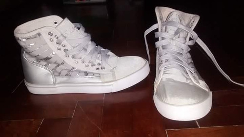 zapatillas tipo botita, importadas
