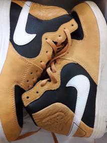 73c9d57070 Zapatillas Botitas Negras Mujer Nike - Ropa y Accesorios en Mercado Libre  Argentina
