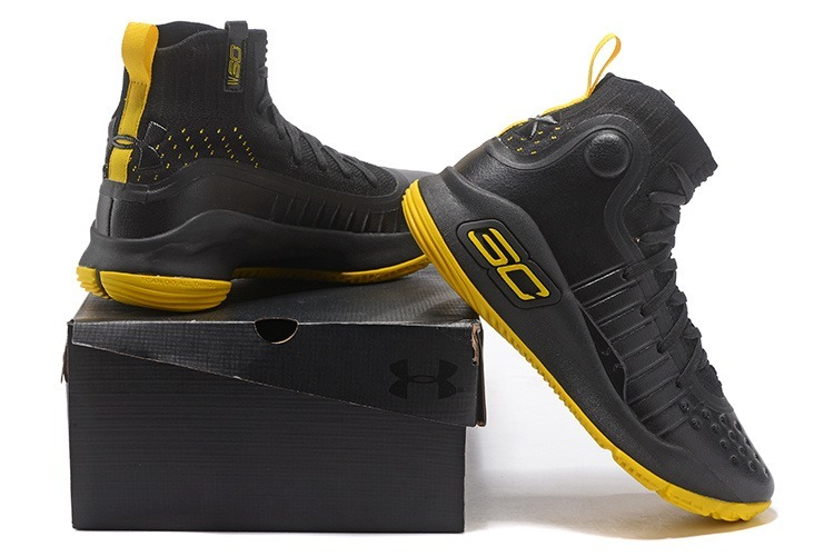 fbe35243425b9 Zapatillas Under Armour Curry 4° Generation -   3.950