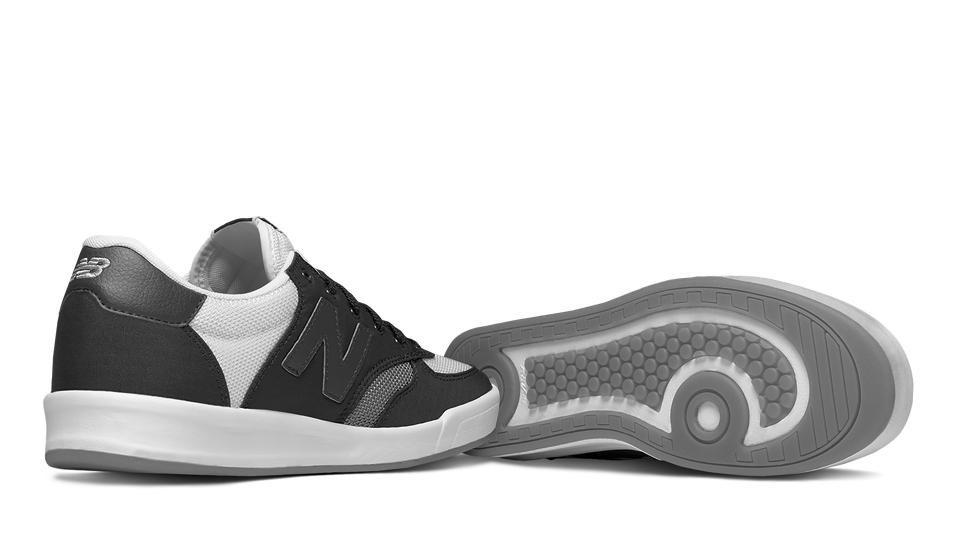 Zapatillas Urbanas New Balance 300 Suede Hombre Moda
