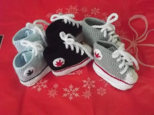 zapatillitas para bebe tipo all star converse a crochet. 08
