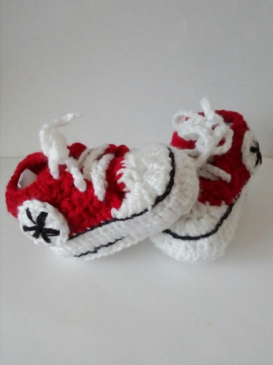 zapatitos de bebe tejidos tipo converse