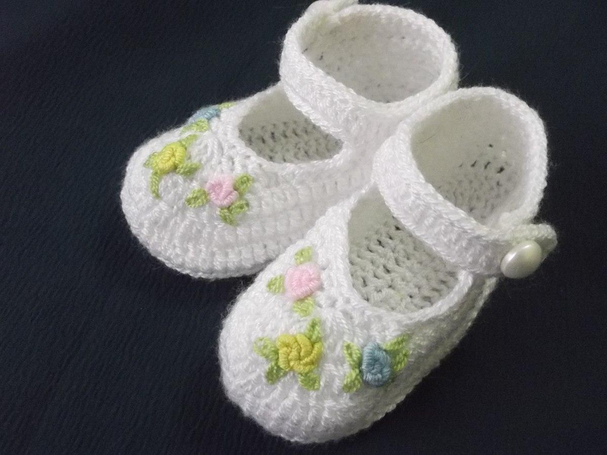Zapatitos para bebe tejidos de hilo a mano para bebe s - Cambiador de bebe de pared ...