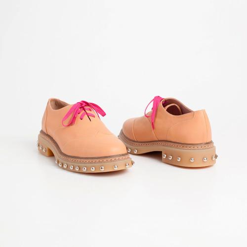 zapato acordonado puka camel. otro calzado