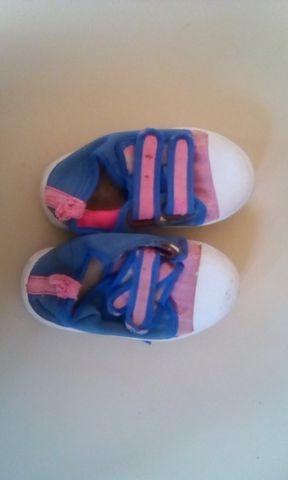 zapato azul con rosado niña talla 21